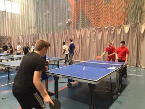 Quel échauffement proposer en tennis de table en EPS au lycée?