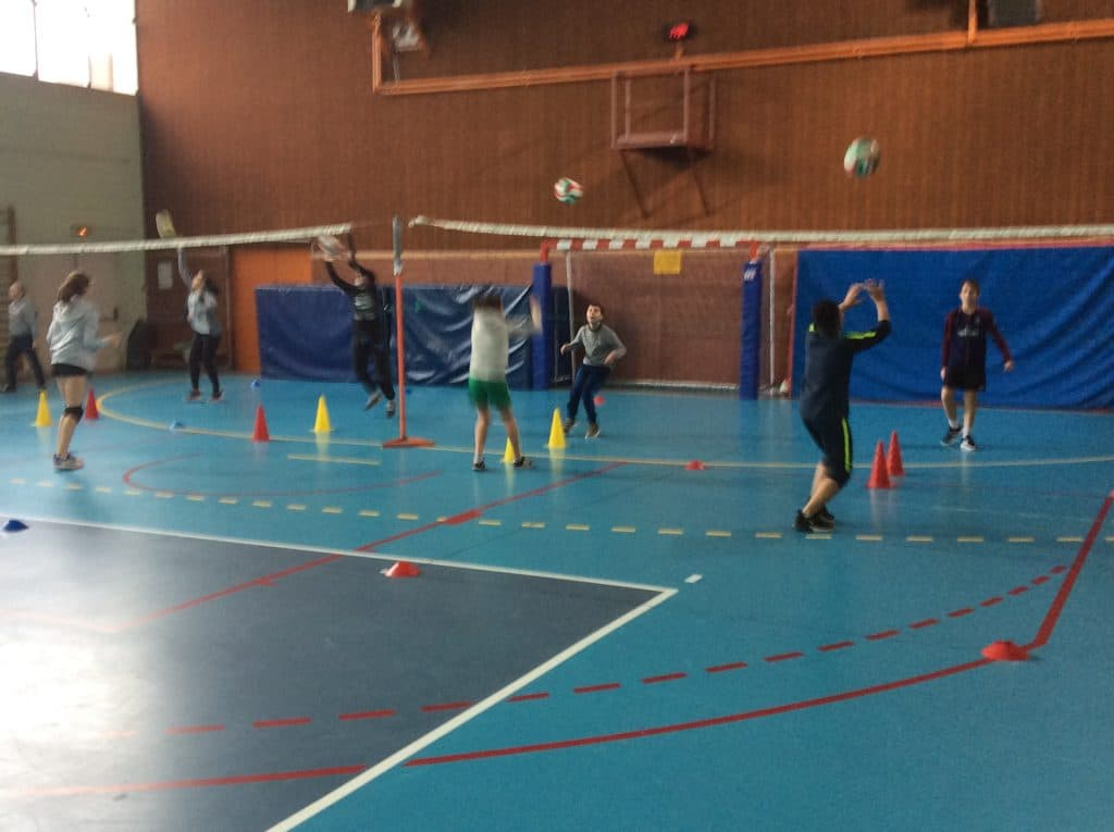 enseigner volley eps